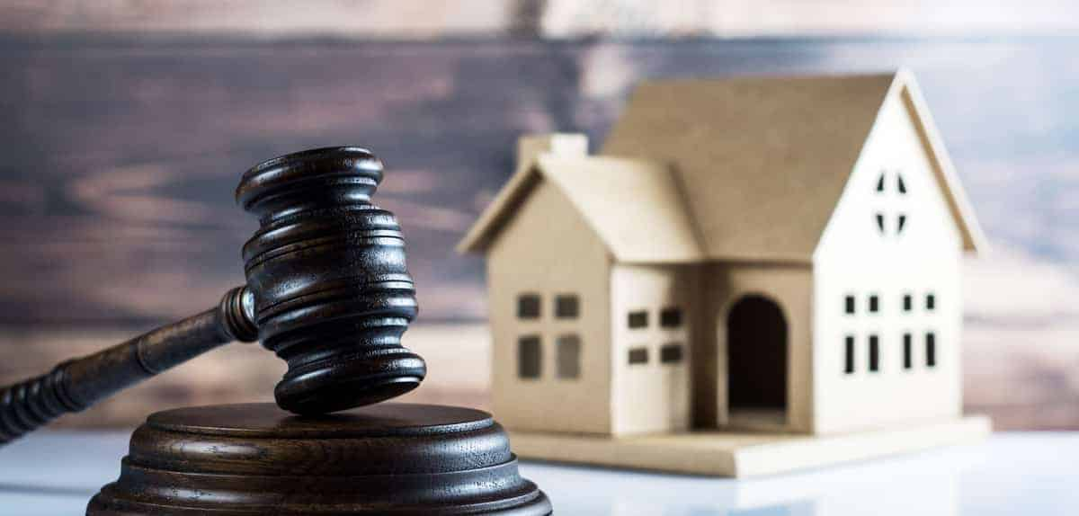When Do You Need Real Estate Lawyer Services - Halt.org