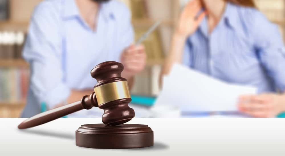 Divorce Lawyer Costs - Costly Mistakes to Avoid
