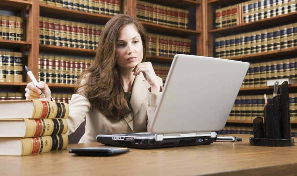 5 Best Places For A Legal Internship