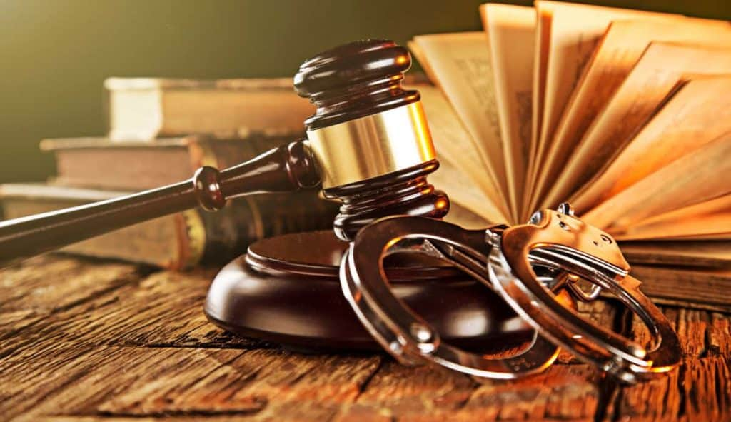 What You Need to Know About Your Criminal Attorney 10 Factors You Need to Consider Before Hiring a Criminal Attorney