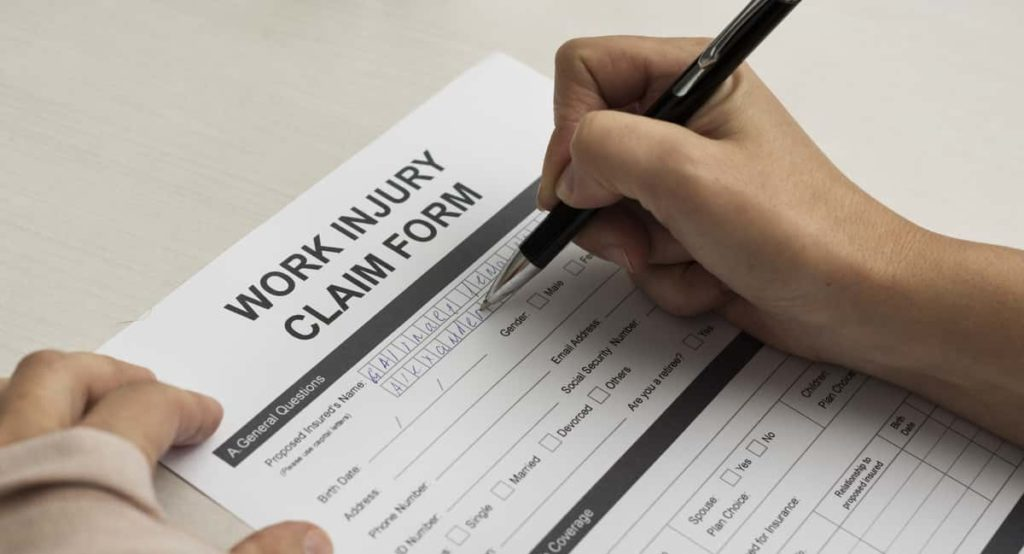 Should I Contact a Workers' Compensation Attorney?