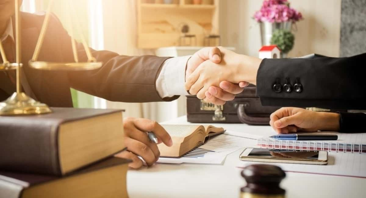 5 Reasons You Need a Lawyer When Hiring New Staff