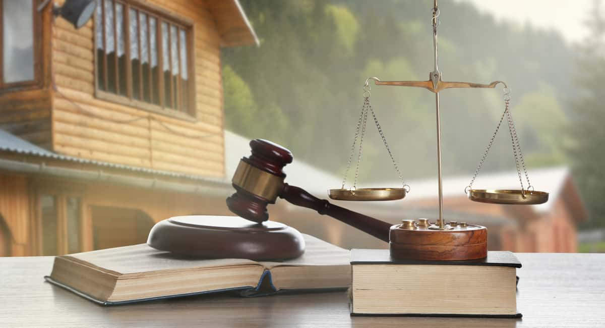 Closing the Deal How to Choose the Right Real Estate Attorney