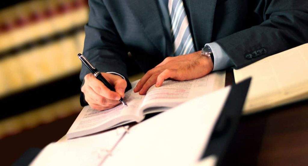 How taking legal advice in immigration can help your cause?