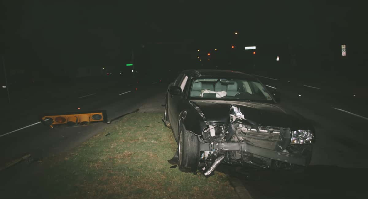 7 Things Not to Do After a Car Crash