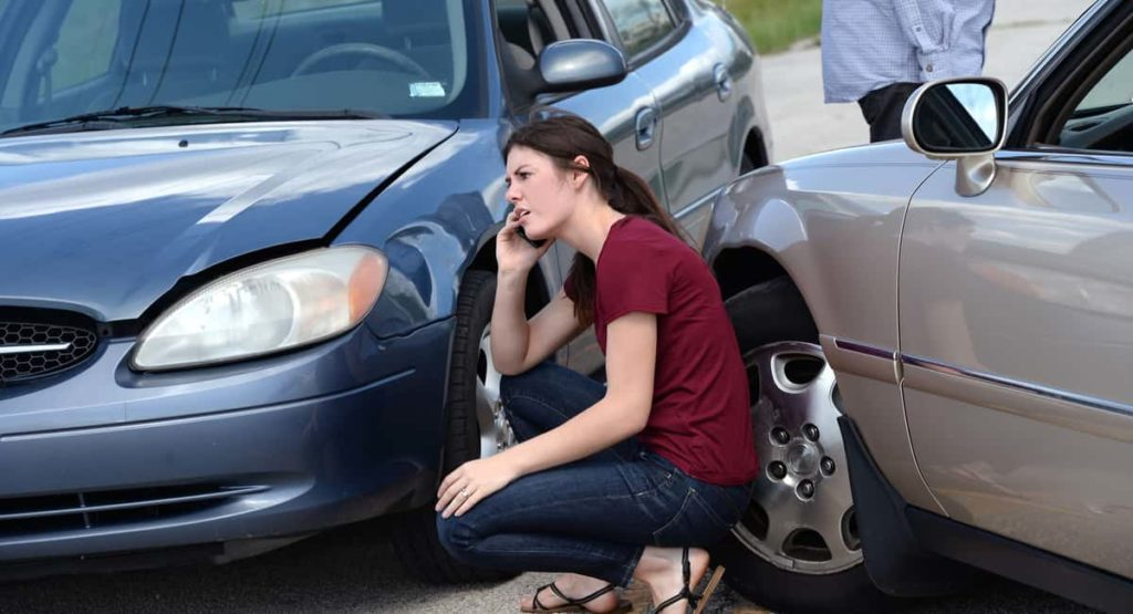 When to Hire an Attorney after a Car Accident