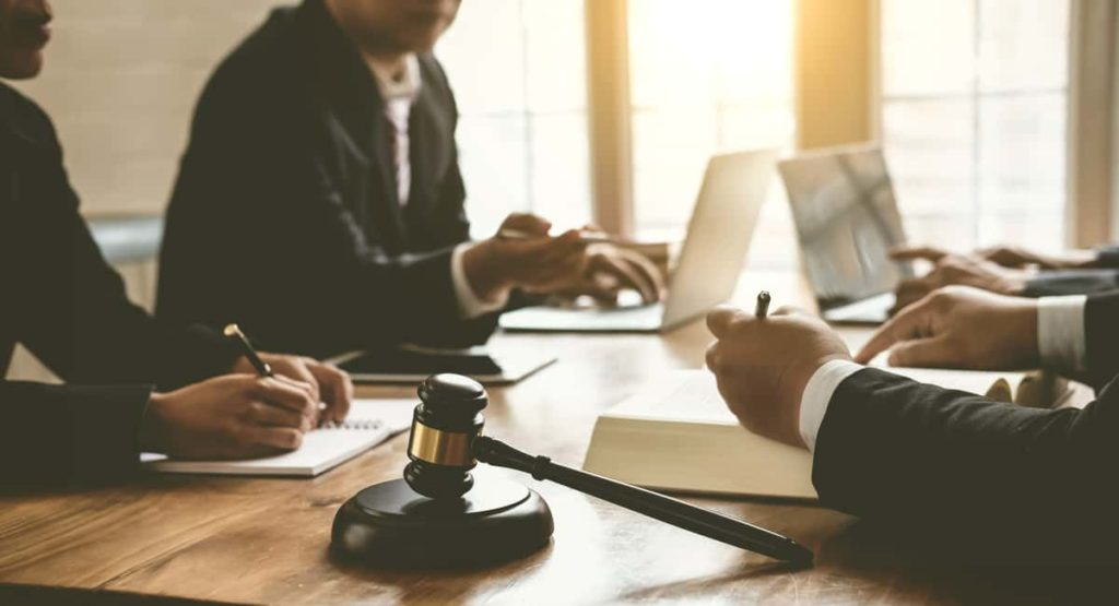 how to hire an attorney