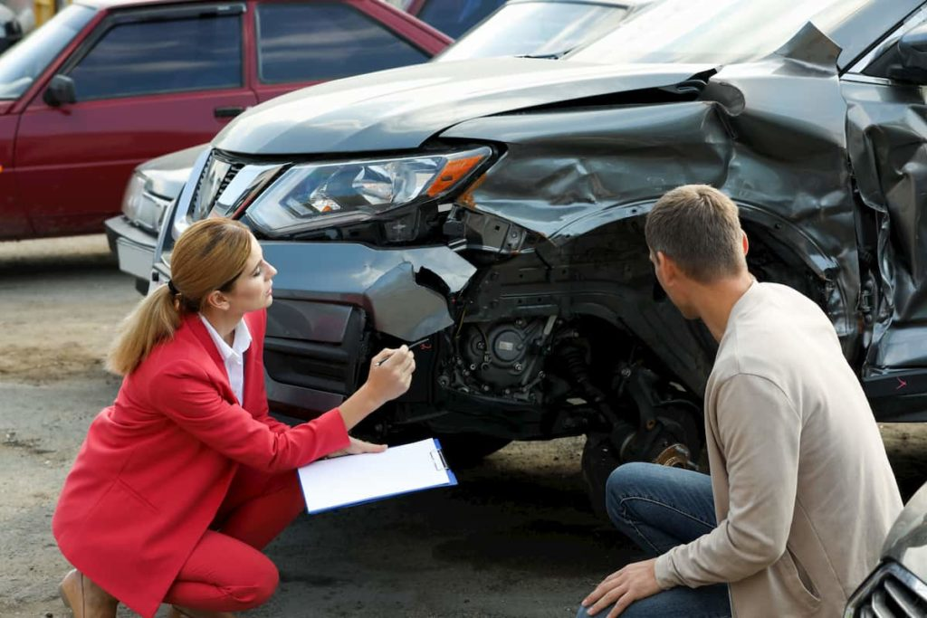 What To Do After A Car Accident: 6 Steps