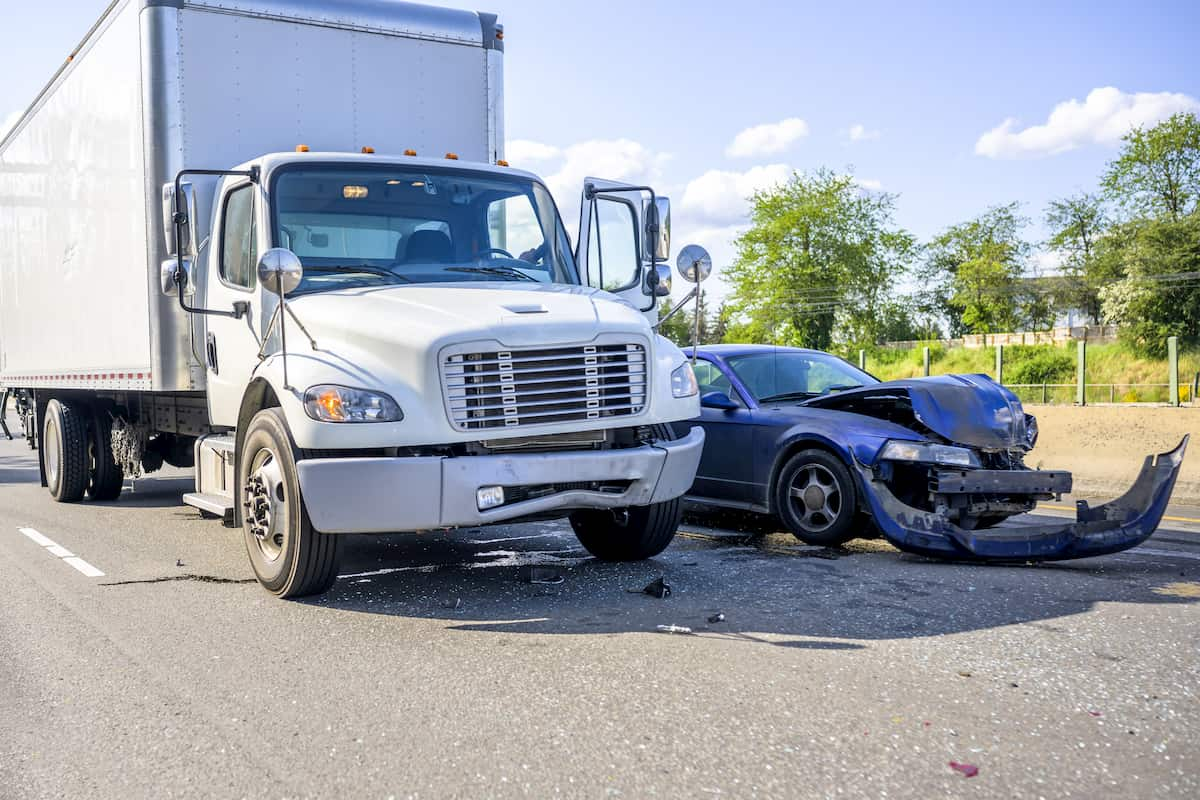 What To Do When You Get Involved In A Truck Collision
