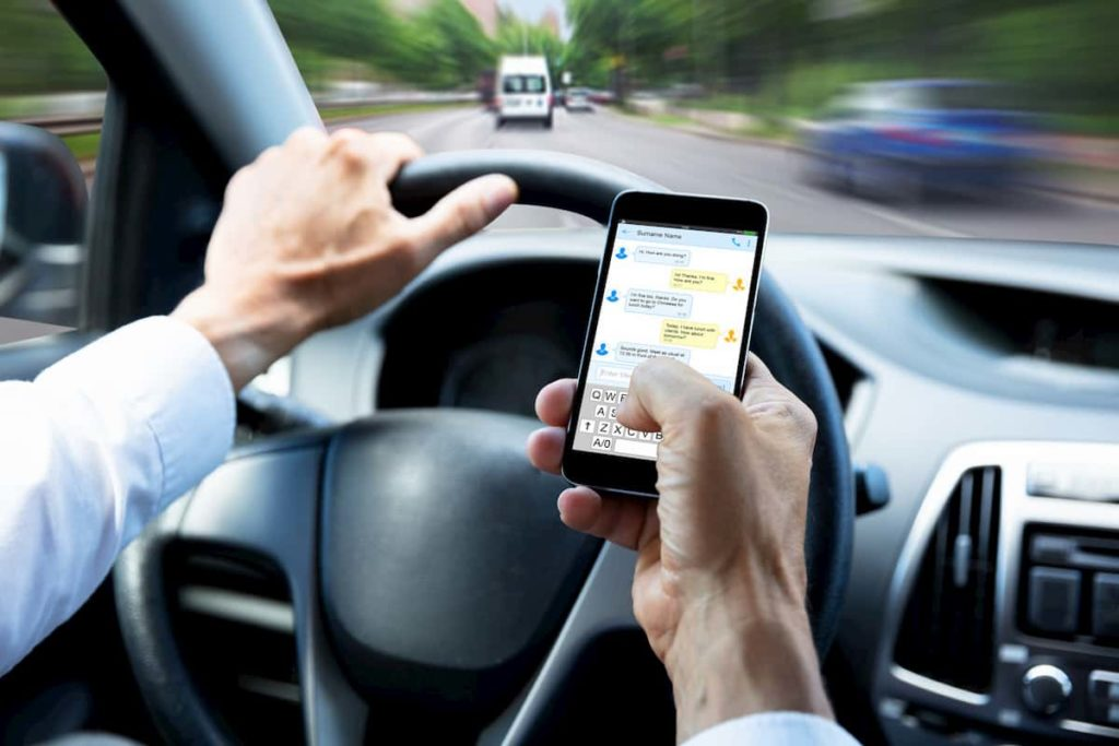 cell phone driving laws by state