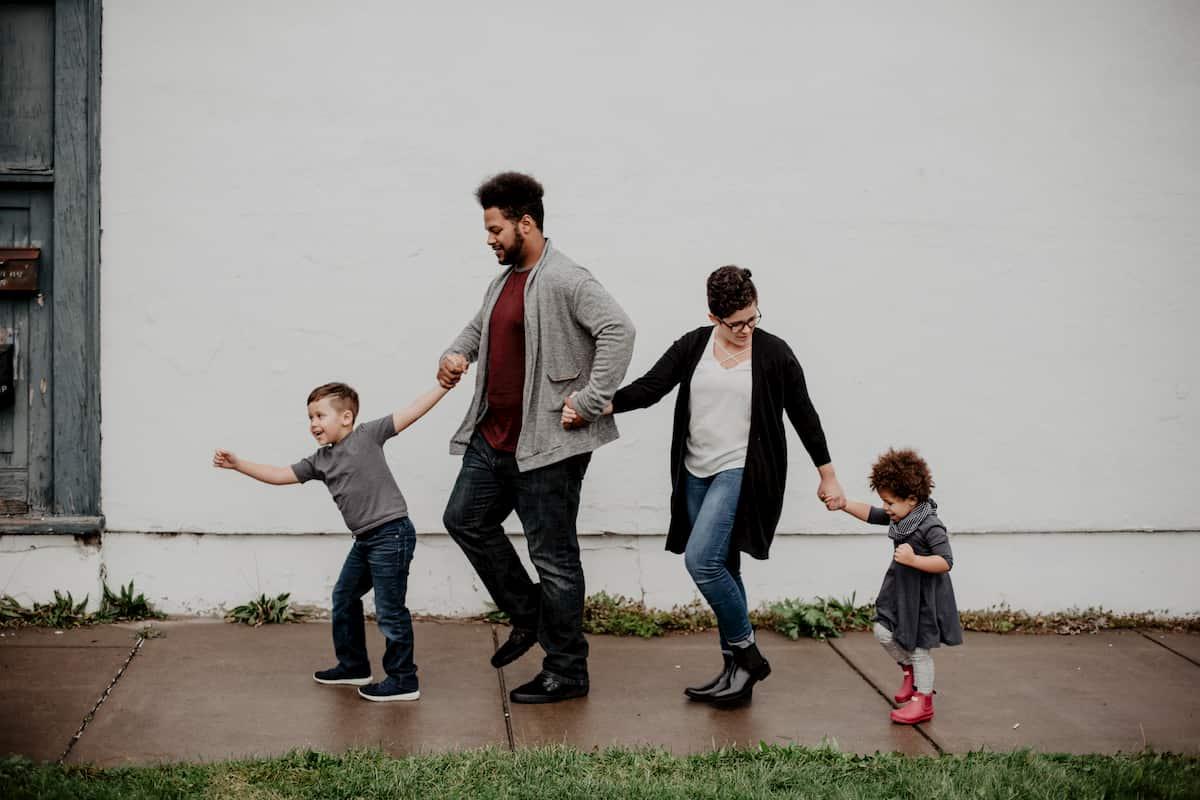 Handle a Family Crisis