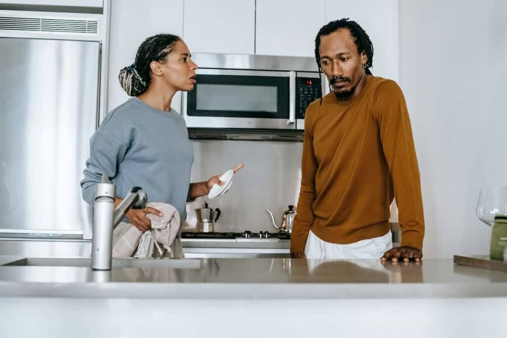 Give insights and explain the common grounds for divorce