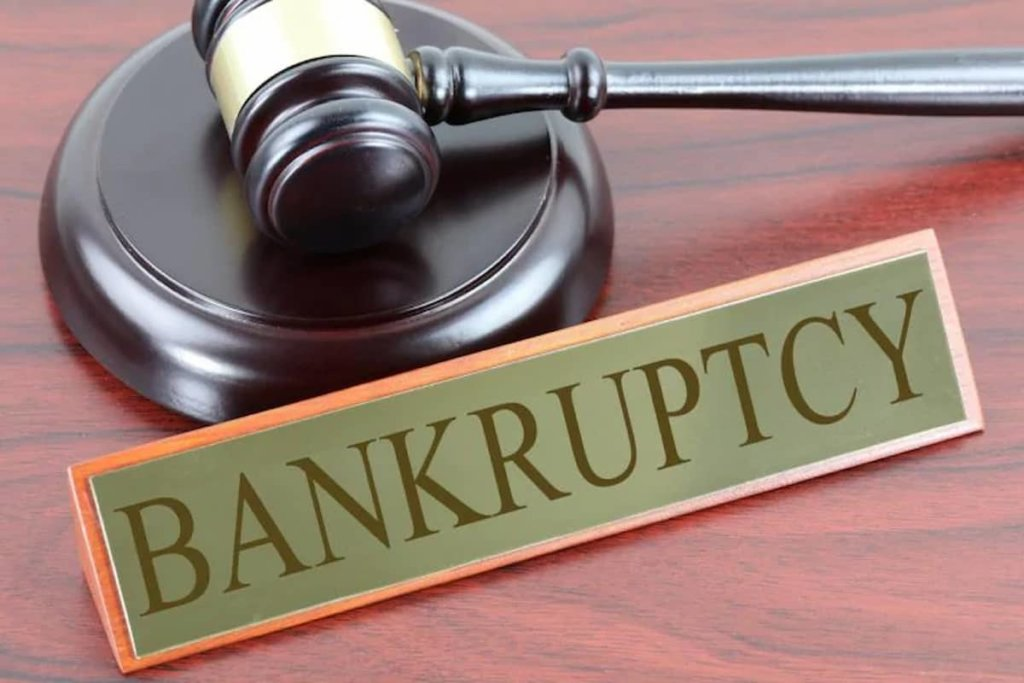 Factors That Put You At Risk For Bankruptcy