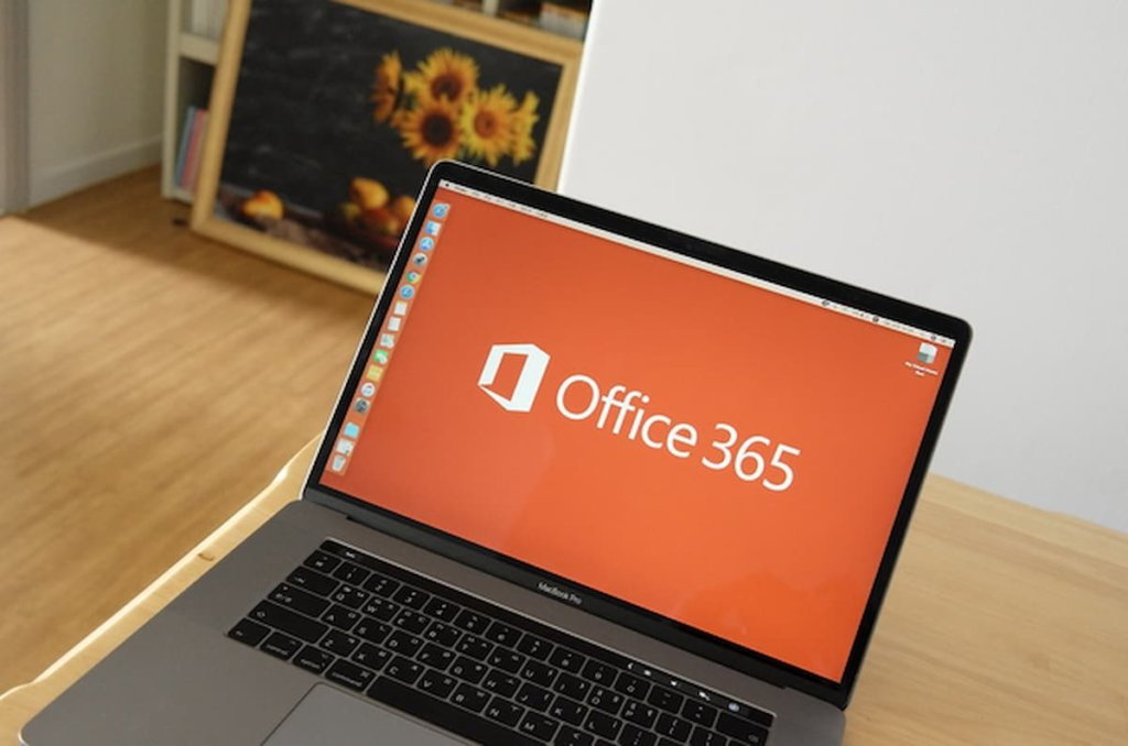 Switching from Lotus Notes Mail to Outlook