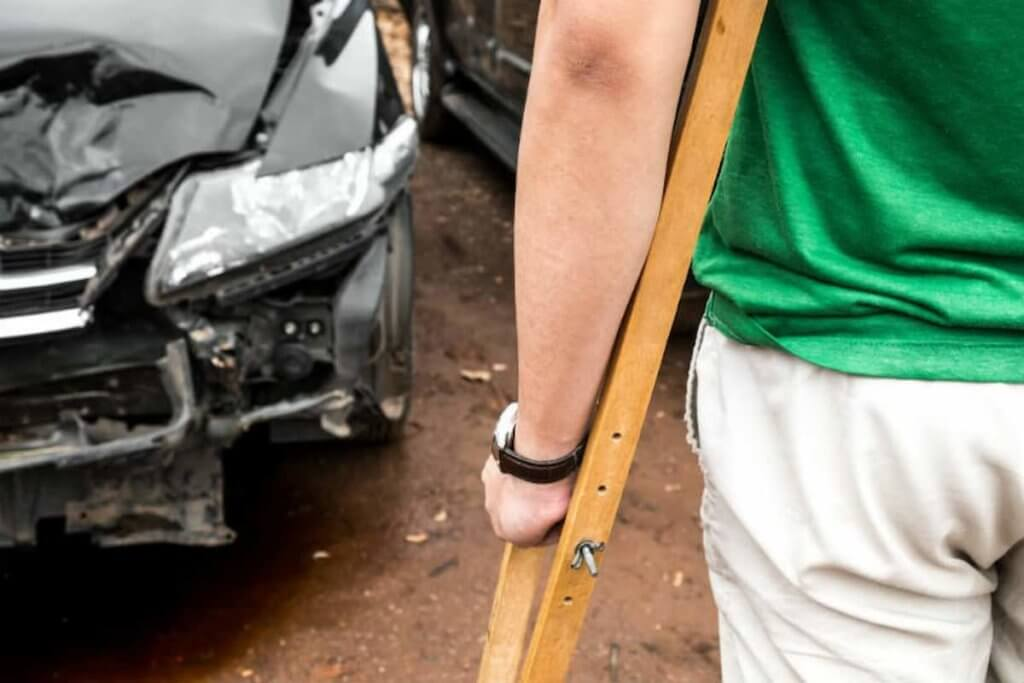 Treating Car Wreck Injuries Is a Breeze