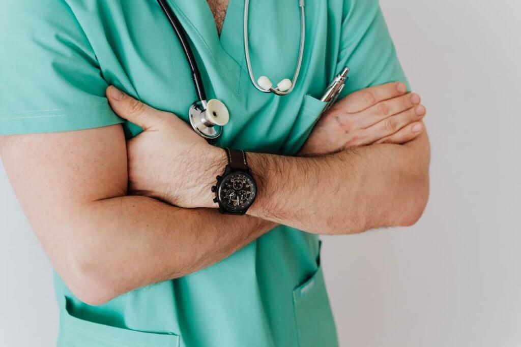 What Physicians Cannot Dispense Prescription Medication