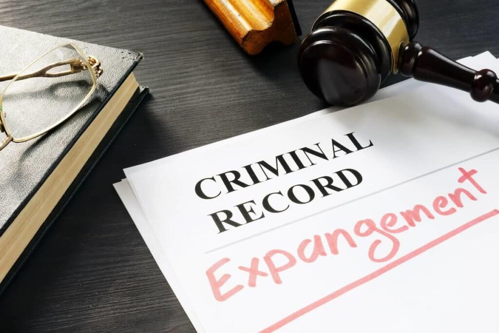 What are the benefits of expungement
