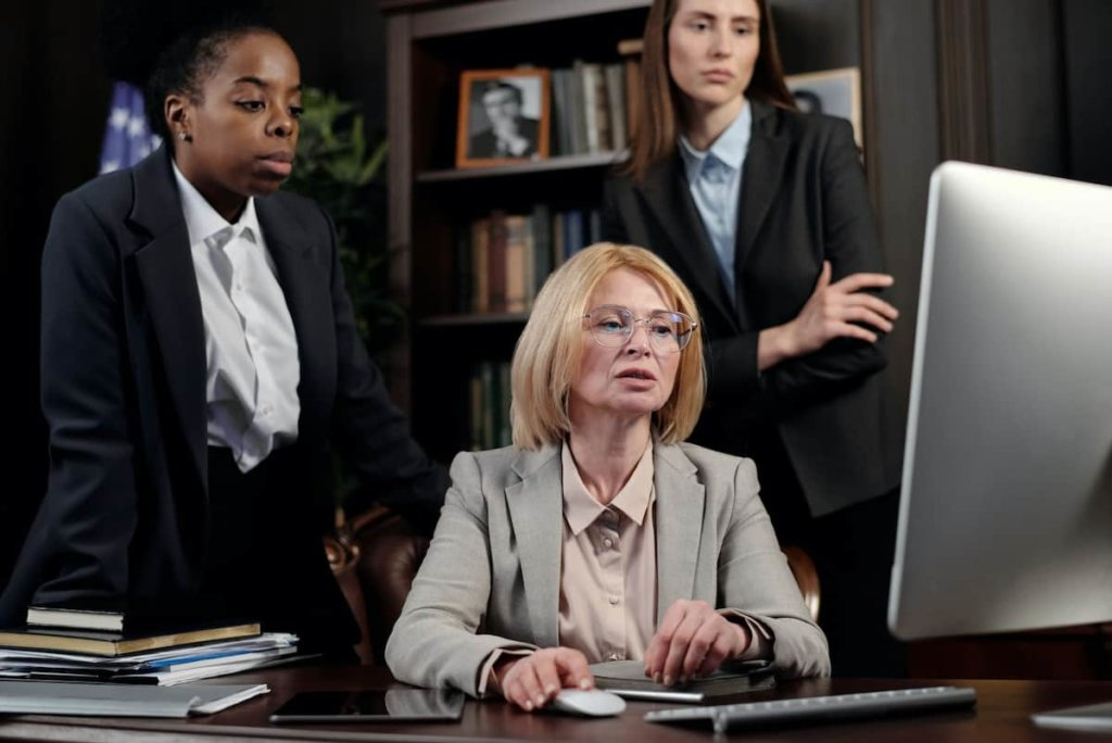 When to Choose Personal Injury Law Firms