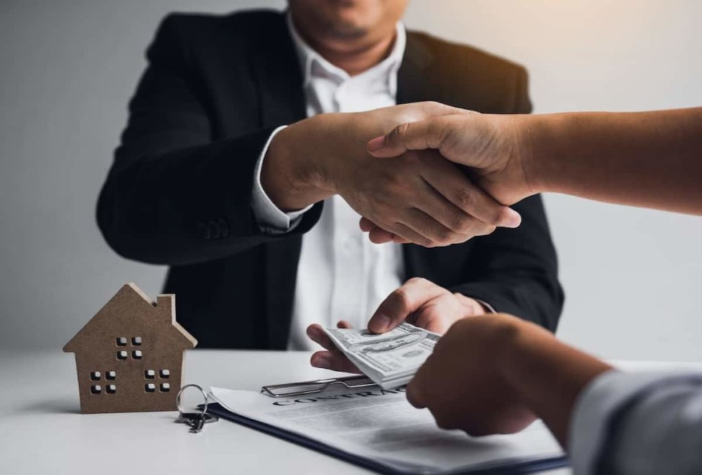 Stay in Touch with Your Lender
