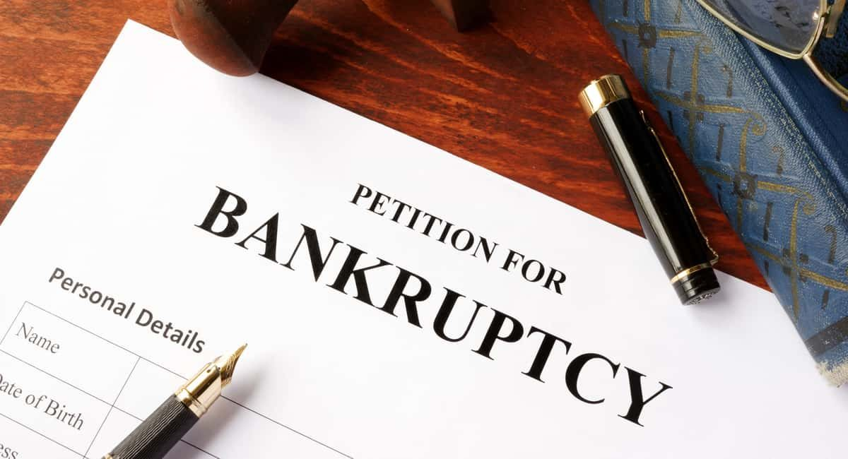 Bankruptcy 101: What Are the Pros and Cons of Filing Bankruptcy?