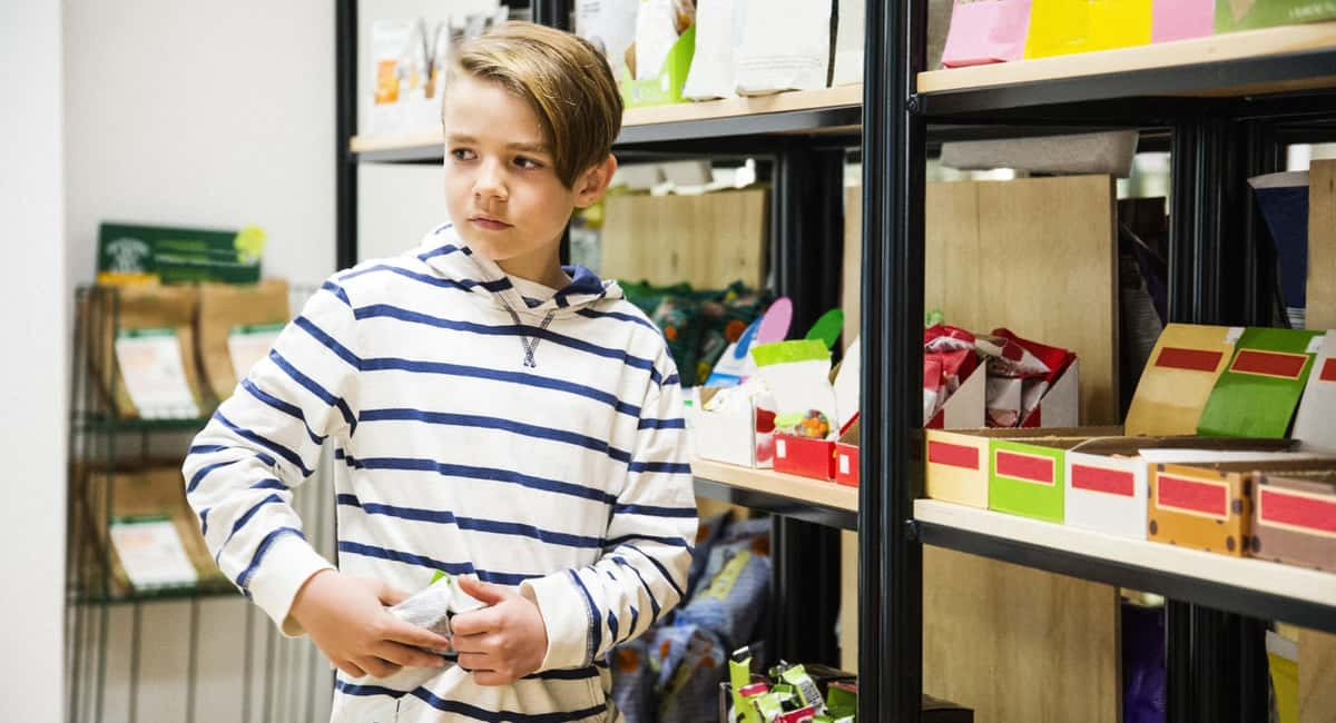 Charged with Shoplifting as a Minor in Las Vegas? Important Info You Need to Know