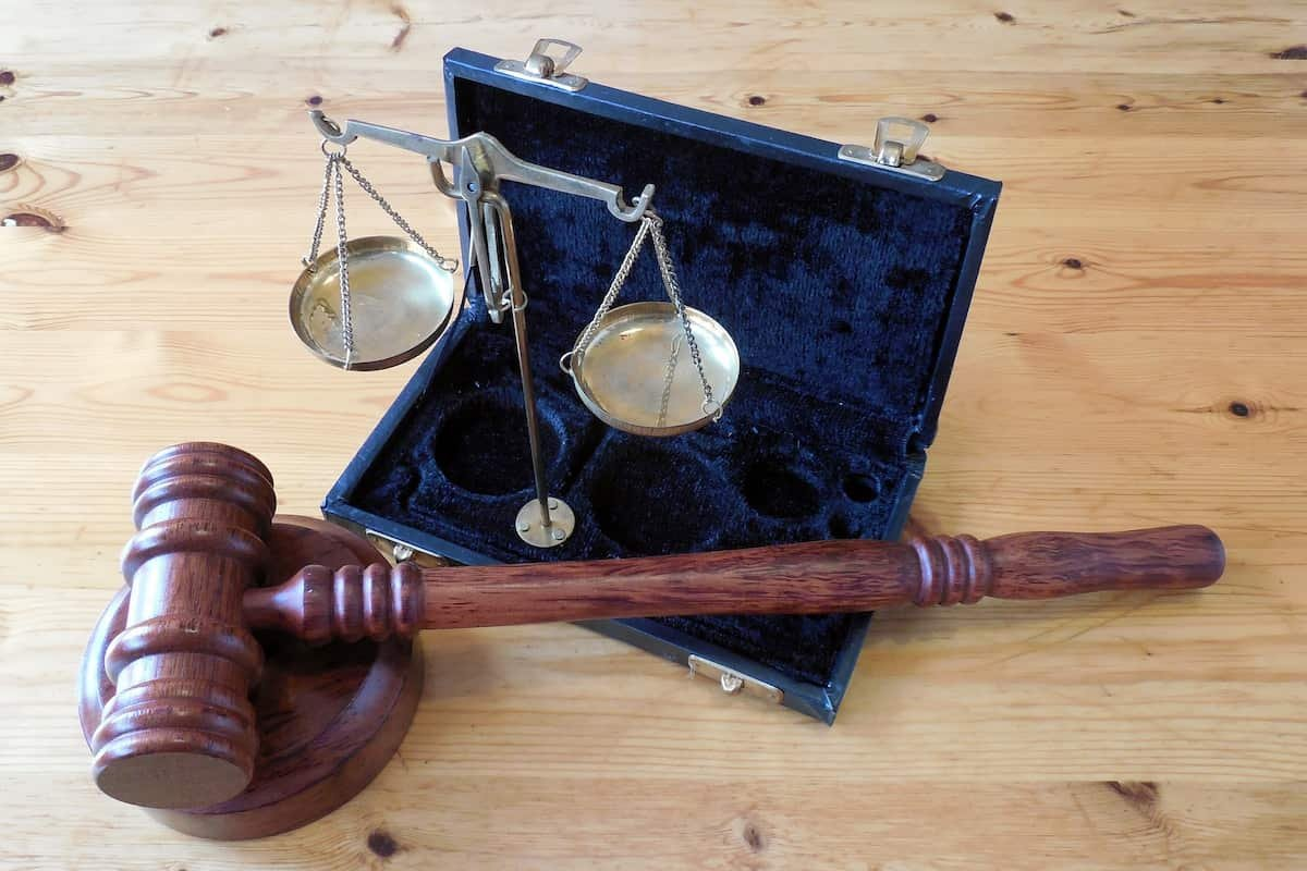 Difference Between An Attorney And A Lawyer