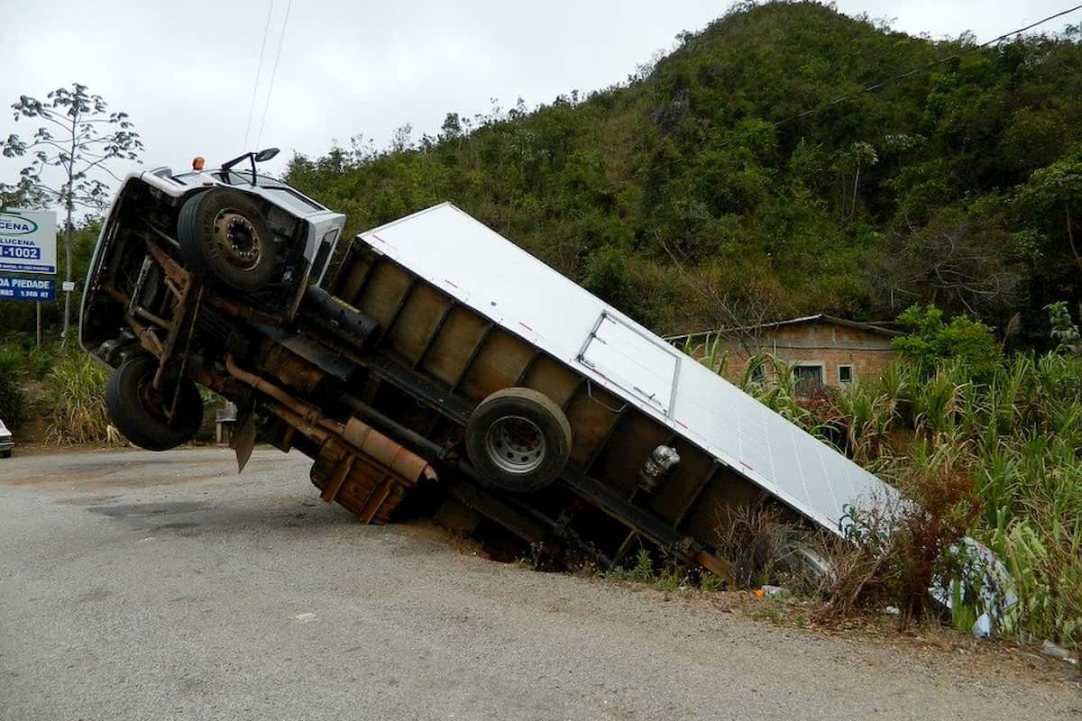 Differences Between Car and Truck Accidents