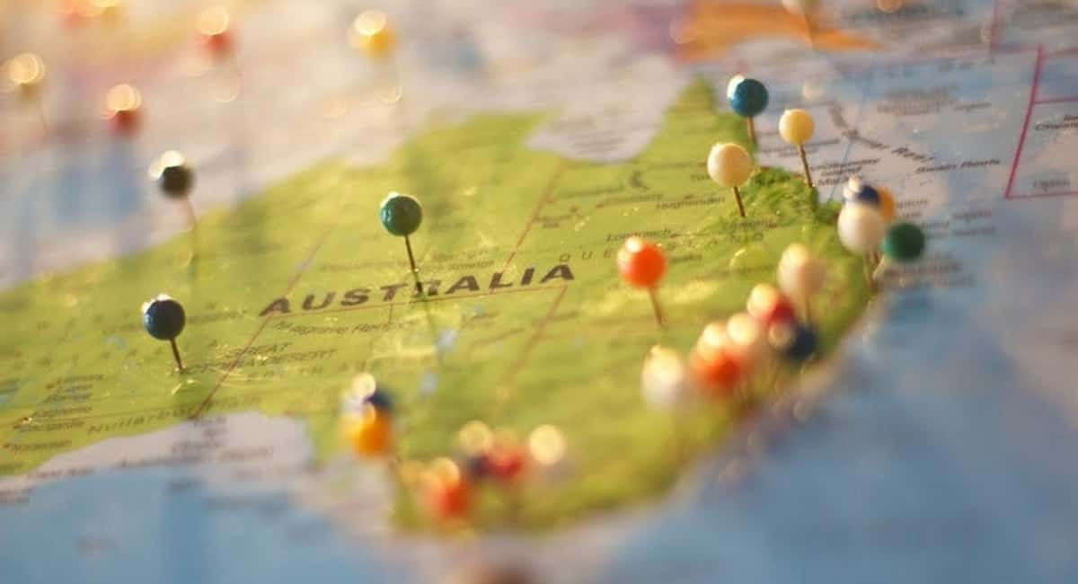 Driving Laws in Australia: 7 Things Every Tourist Should Know