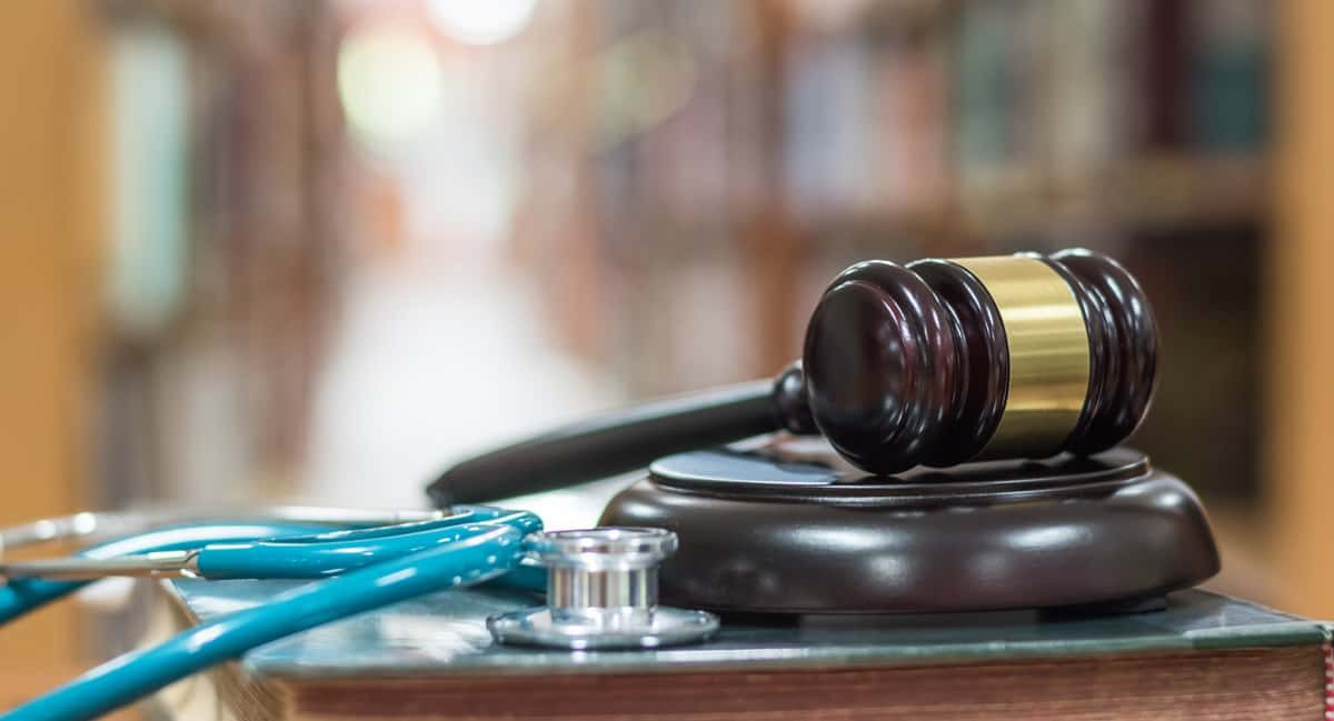 Getting Hurt In Caring Hands What Constitutes A Medical Malpractice Lawsuit