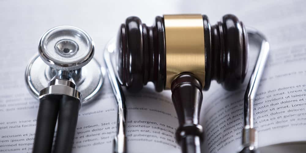 How to hire a great medical malpractice lawyer?